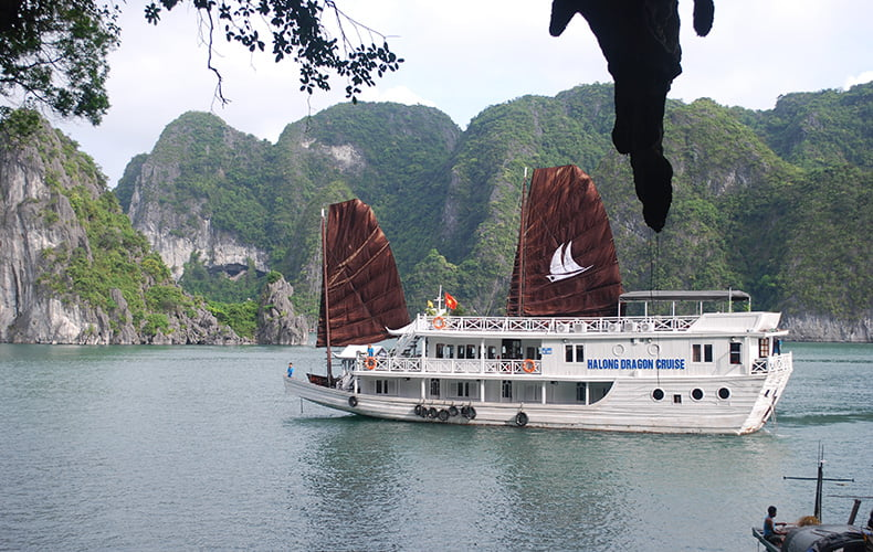 HALONG BAY TOUR: 2 DAYS 1 NIGHT WITH DRAGON CRUISE 1