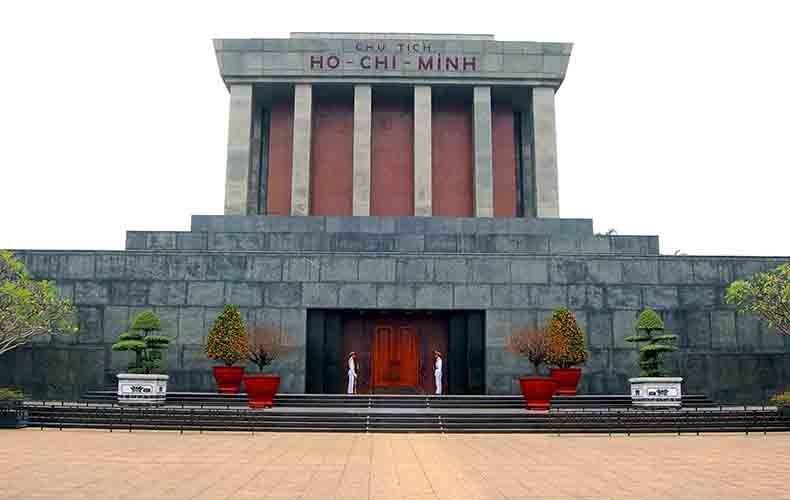 Du lịch Xuyên Việt 21 ngày 20 đêm khởi hành từ Tp.HCM 13