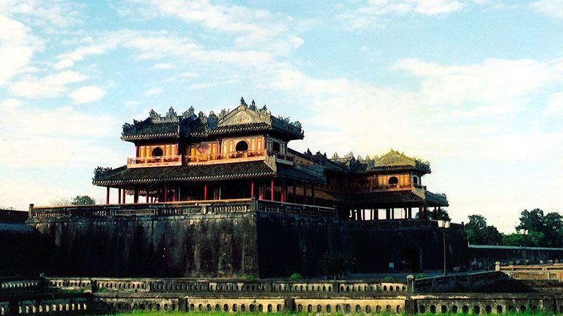 Tour du lịch Đà Nẵng 2N1Đ: Huế Động Thiên Đường / Phong Nha 1