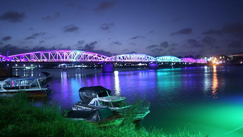 Tour du lịch Đà Nẵng 2N1Đ: Huế Động Thiên Đường / Phong Nha 2