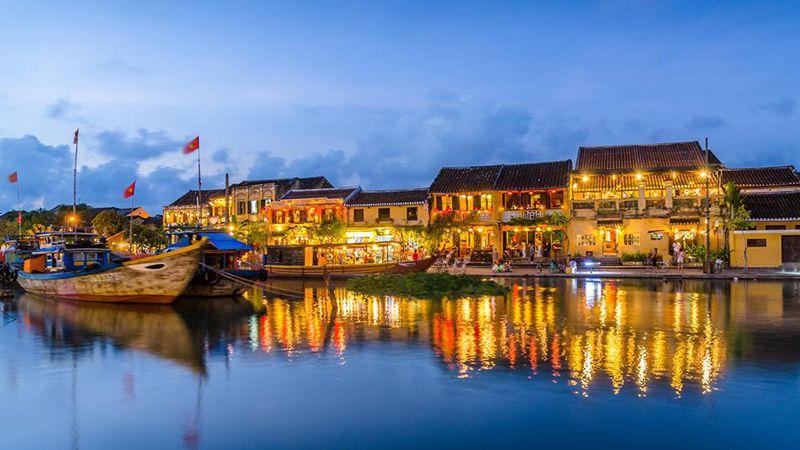 Tour du lịch Đà Nẵng 4N3D: Đà Nẵng Sơn Trà Bà Nà Hội An Huế 2