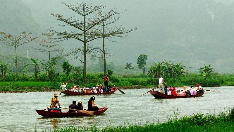 Tour du lịch Hà Nội 1 ngày Chùa Hương 1