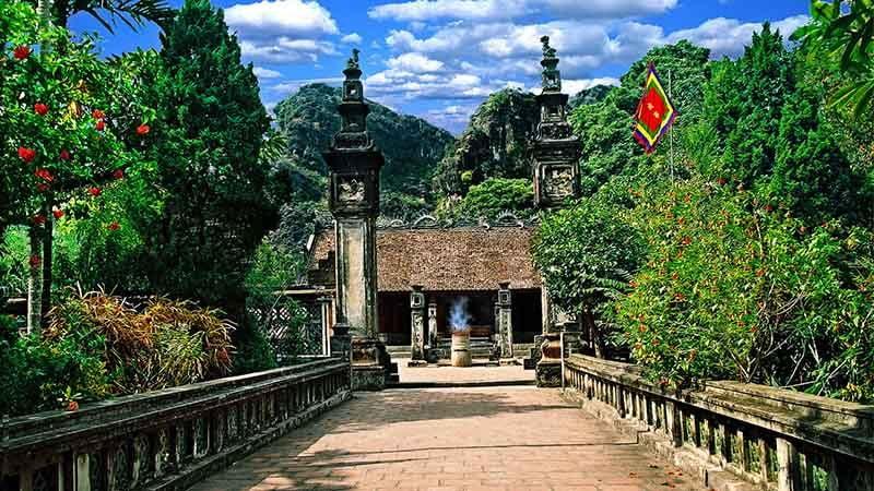 Tour du lịch Hà Nội 1 ngày Hoa Lư – Tam Cốc 1