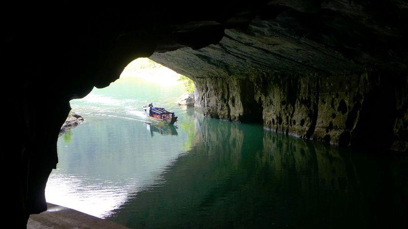 Tour du lịch Miền Trung 1 ngày: Tham quan Động Phong Nha 1