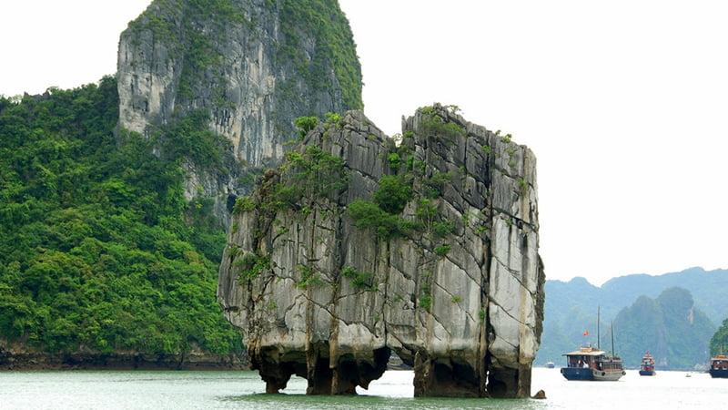 Tour du lịch xuyên Việt 16N15D từ TPHCM 13