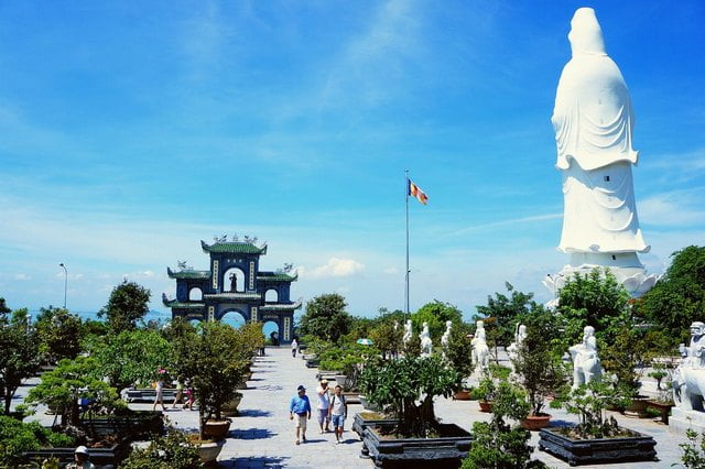 TOUR  HA NOI – HA LONG –  DA NANG – HOI AN – HUE – HCMC 1