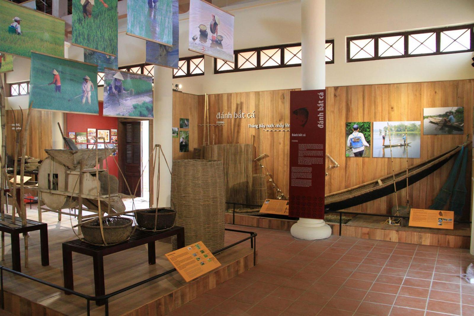 Tour Du Lịch Huế Nửa Ngày: Tham Quan Cầu Ngói Thanh Toàn - Xe Đạp 1