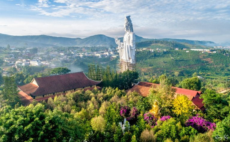 Da Lat 1 day tour: Discovering Three Peaks of  Da Lat Waterfall 1